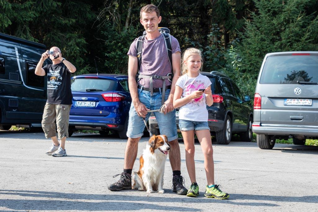Antoine mit Alex und Anna, im Hintergrund fotografiert Daryls Herrchen Achim
